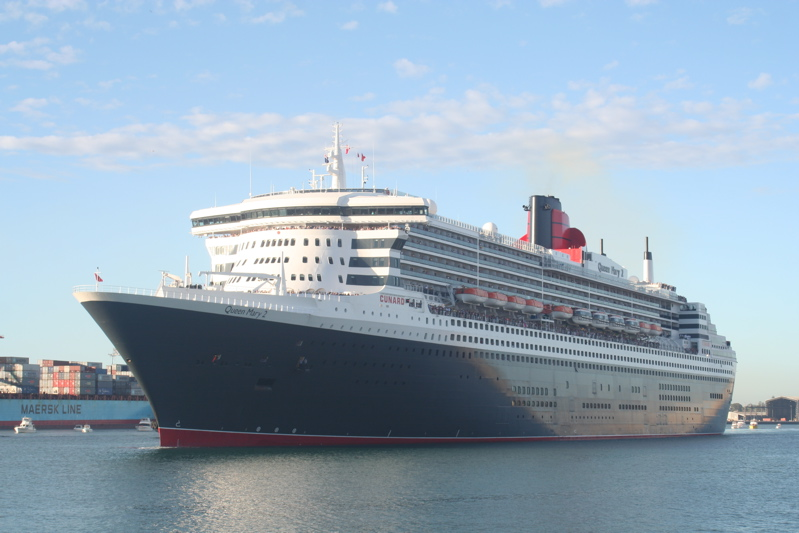 Queen Mary 2 at Fremantle